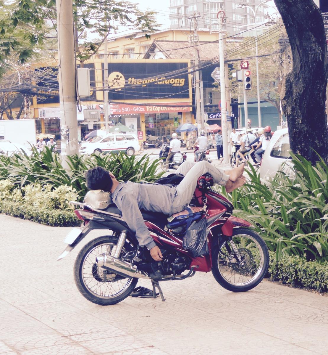 Guten Morgen Vietnam